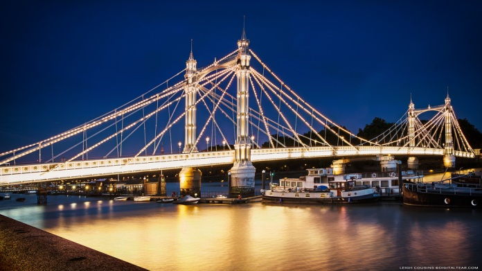 London_Albert Bridge_night